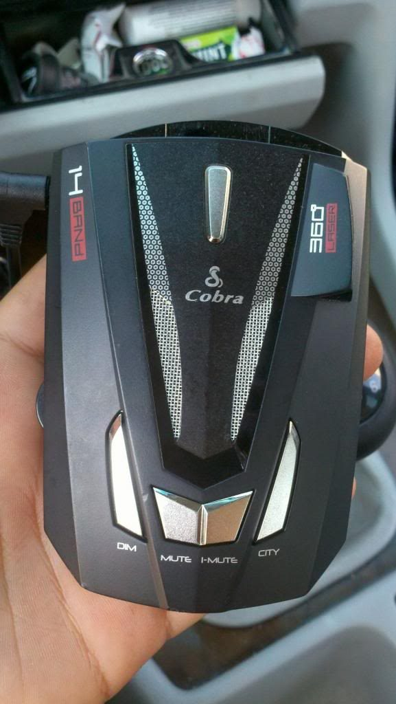 Cobra XRS 9570 Review